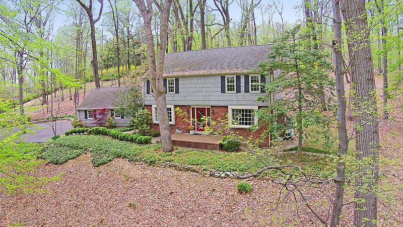 Maison unifamiliale pour l à louer à 100 Douglass Avenue Bernardsville, New Jersey 07924 États-Unis