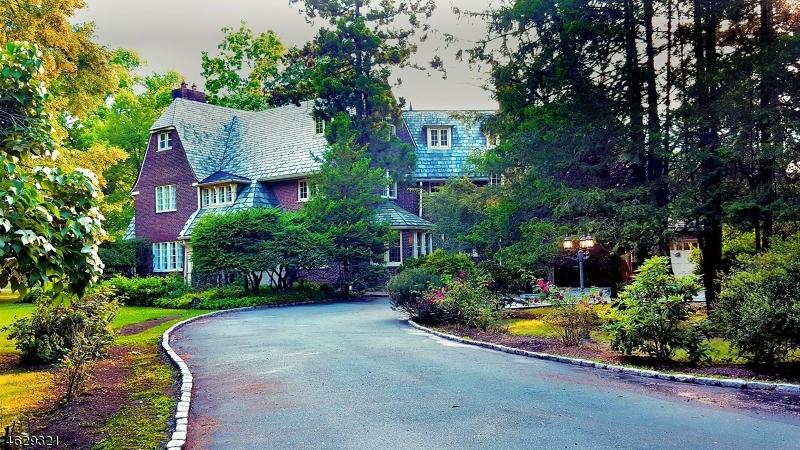 Частный односемейный дом для того Аренда на 475 Berkeley Avenue South Orange, Нью-Джерси 07079 Соединенные Штаты