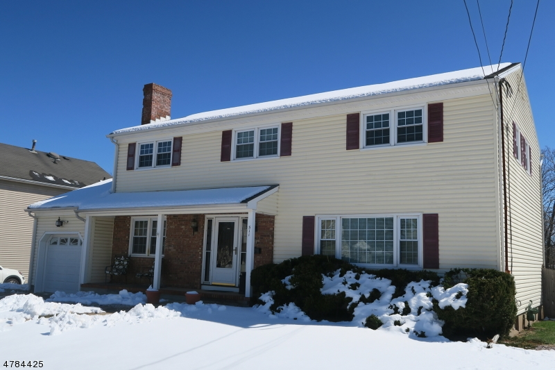 Casa Unifamiliar por un Venta en 511 E Frech Avenue Manville, Nueva Jersey 08835 Estados Unidos