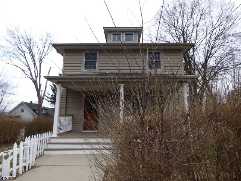 Single Family Home for Sale at 10 Governor Haines Street Hamburg, New Jersey 07419 United States