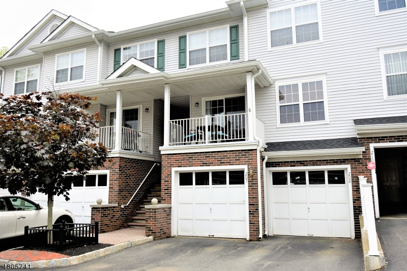 Condo / Townhouse for Sale at 207 Sheffield Court Denville, New Jersey 07834 United States