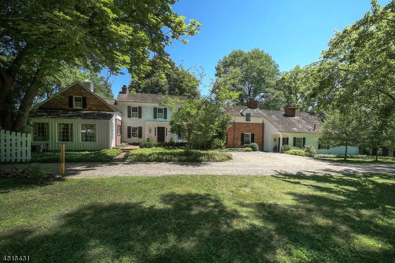 Частный односемейный дом для того Продажа на 110 MOSLE Road Peapack Gladstone, Нью-Джерси 07931 Соединенные Штаты