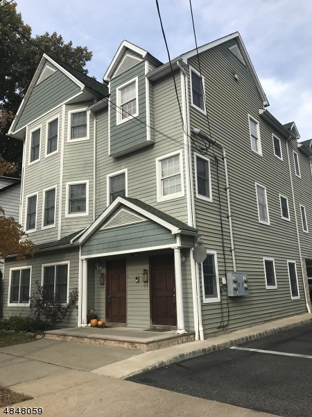 31 SUSSEX AVE UNIT 3  Morristown, New Jersey 07960 Hoa Kỳ