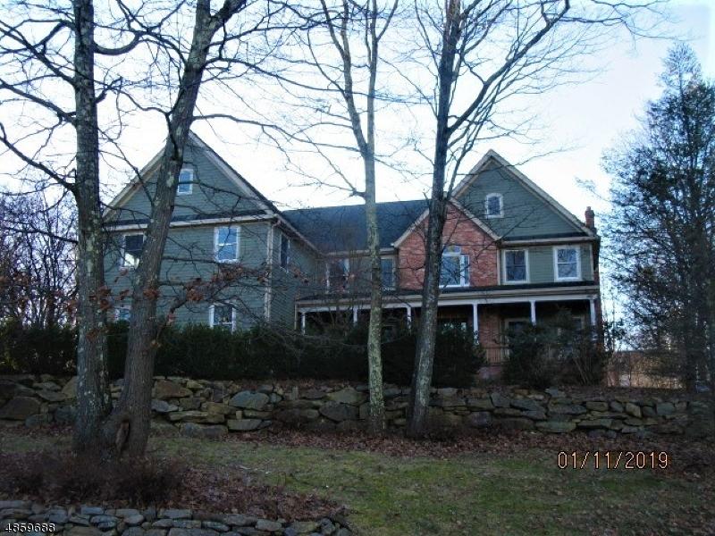 Tek Ailelik Ev için Satış at 8 COUNTRY SIDE Drive Rockaway, New Jersey 07866 Amerika Birleşik Devletleri