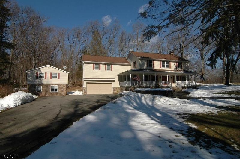 Single Family Home for Sale at 251 SHILOH Road Hope, New Jersey 07825 United States