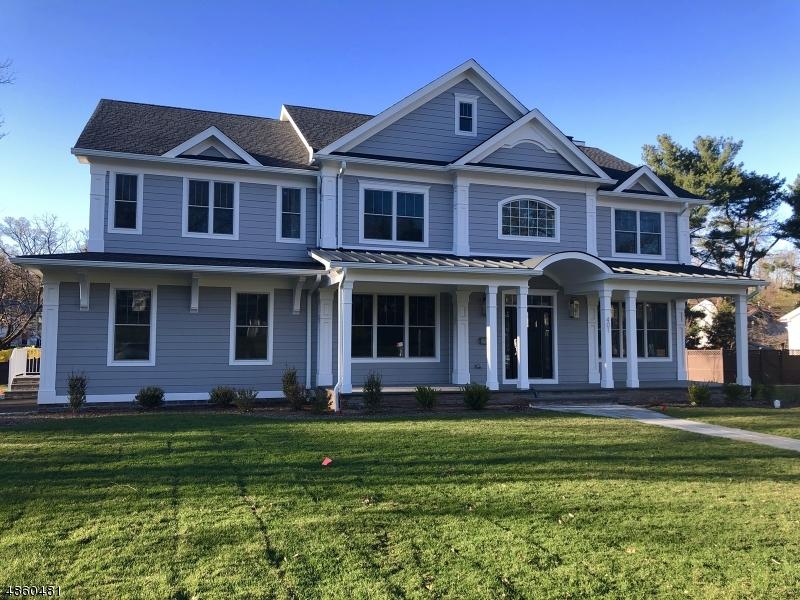 Частный односемейный дом для того Продажа на 401 QUANTUCK Lane Westfield, Нью-Джерси 07090 Соединенные Штаты