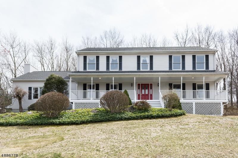 Casa Unifamiliar por un Venta en 1 HIDDEN ACRES Drive Kinnelon, Nueva Jersey 07405 Estados Unidos