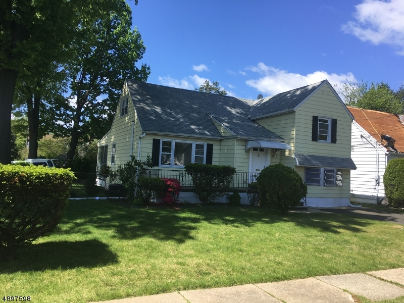 Single Family Home for Sale at Union, New Jersey 07083 United States