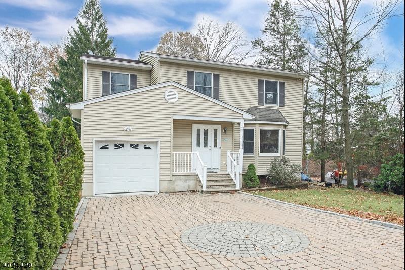 Single Family Homes para Alugar às Parsippany, Nova Jersey 07034 Estados Unidos
