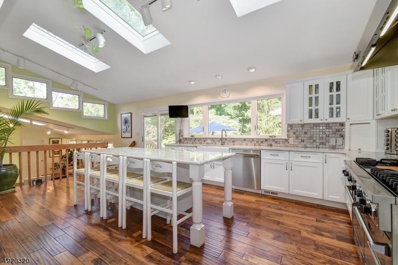 Single Family Homes للـ Sale في Berkeley Heights, New Jersey 07922 United States