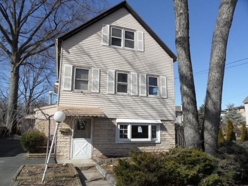 Casa Unifamiliar por un Venta en Address Not Available Little Ferry, Nueva Jersey 07643 Estados Unidos