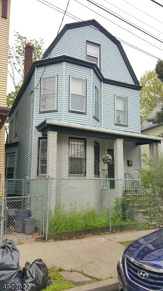 Additional photo for property listing at 809 S 15th Street  Newark, Нью-Джерси 07108 Соединенные Штаты
