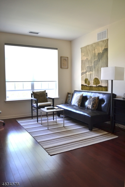 Additional photo for property listing at 400 E Front St, UNIT 220  Plainfield, New Jersey 07060 United States