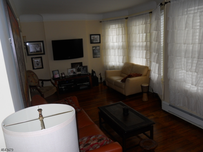 Additional photo for property listing at 37-39 RICHELIEU TER  Newark, New Jersey 07106 États-Unis