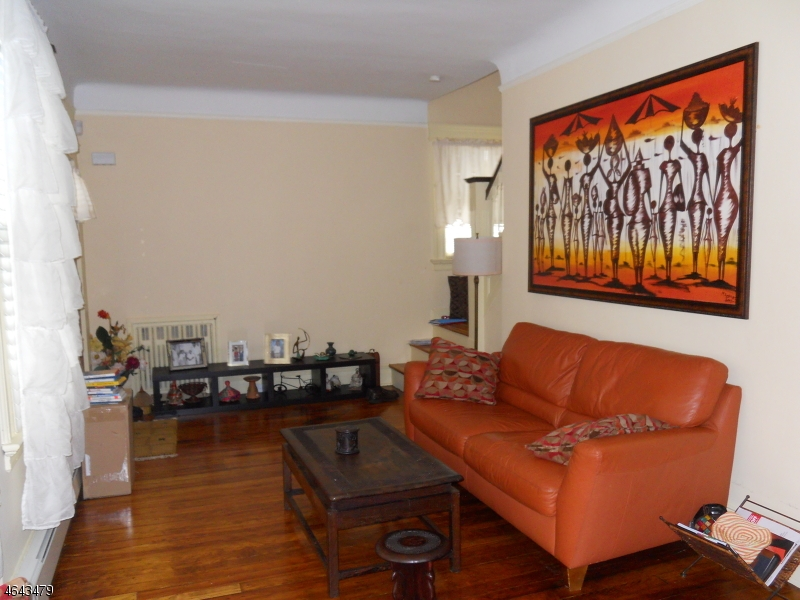 Additional photo for property listing at 37-39 RICHELIEU TER  Newark, Nueva Jersey 07106 Estados Unidos