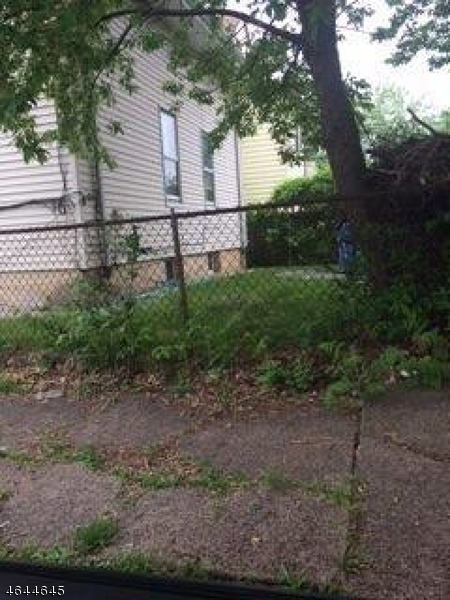 Additional photo for property listing at 33-35 BLOOMFIELD Avenue  Paterson, New Jersey 07503 United States