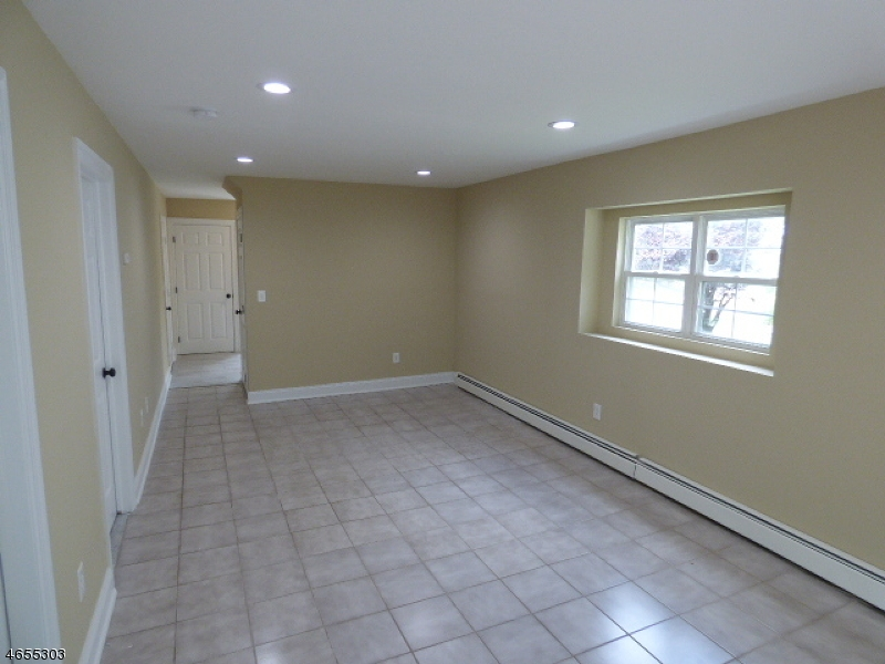 Additional photo for property listing at 84 Vail Road  Landing, Nueva Jersey 07850 Estados Unidos