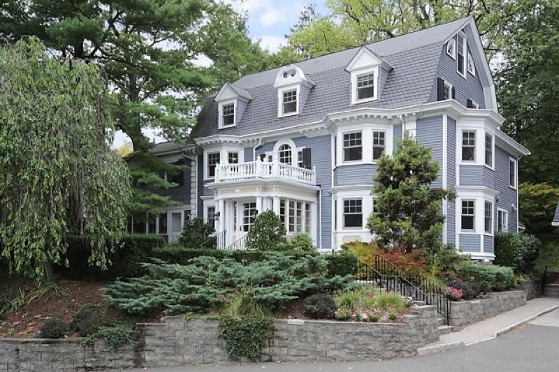 Частный односемейный дом для того Продажа на 8 S Mountain Avenue Montclair, Нью-Джерси 07042 Соединенные Штаты