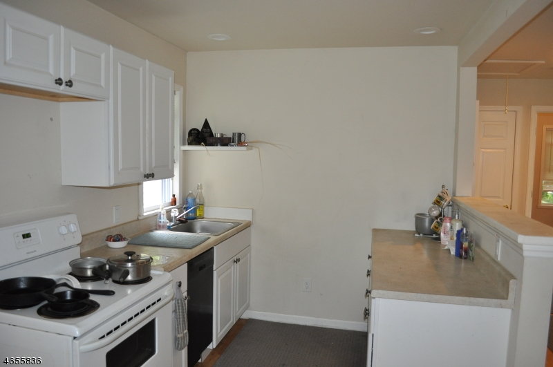Additional photo for property listing at 512 ATLAS Road  Landing, Nueva Jersey 07850 Estados Unidos