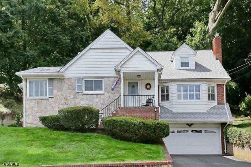 独户住宅 为 销售 在 84 Watchung Drive 霍桑, 新泽西州 07506 美国