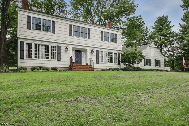 Additional photo for property listing at 63 Lowery Lane  Mendham, New Jersey 07945 États-Unis