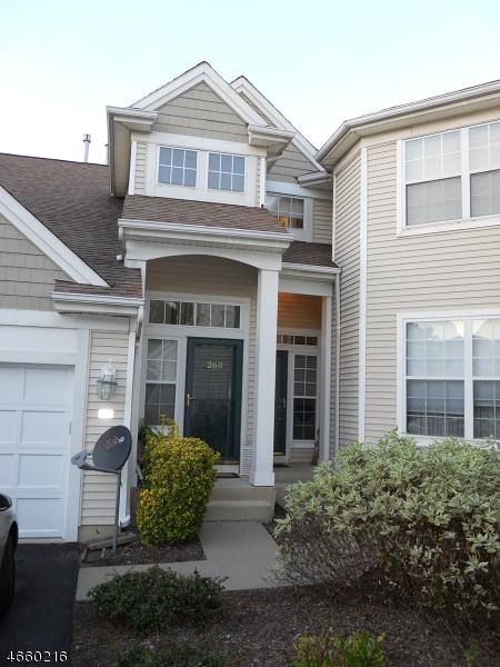 Maison unifamiliale pour l à louer à 260 Bald Eagle Drive Stewartsville, New Jersey 08886 États-Unis