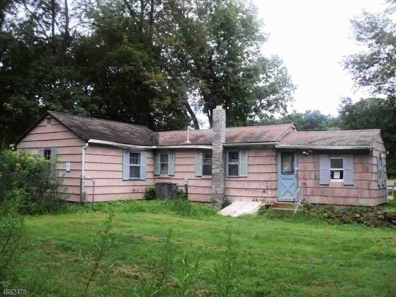 Additional photo for property listing at 265 Stickles Pond Road  Newton, New Jersey 07860 United States