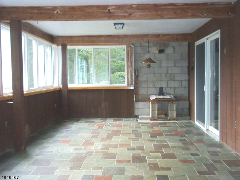 Additional photo for property listing at 154 MILLBROOK Road  Washington, New Jersey 07882 États-Unis