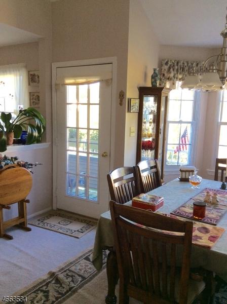Additional photo for property listing at 404 Porter Way W  Bridgewater, Nueva Jersey 08807 Estados Unidos