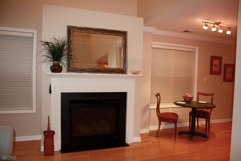 Additional photo for property listing at 601 Donato Circle  Scotch Plains, Нью-Джерси 07076 Соединенные Штаты