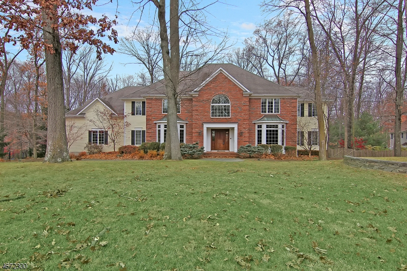 Single Family Home for Rent at 4 Laurelwood Lane Bernardsville, New Jersey 07924 United States