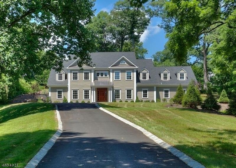 独户住宅 为 销售 在 275 ASHLAND ROAD 萨米特, 新泽西州 07901 美国