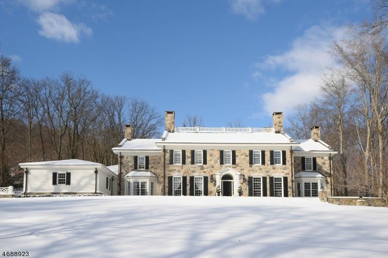 独户住宅 为 销售 在 628 Winding Hollow Drive 富兰克林湖, 07417 美国