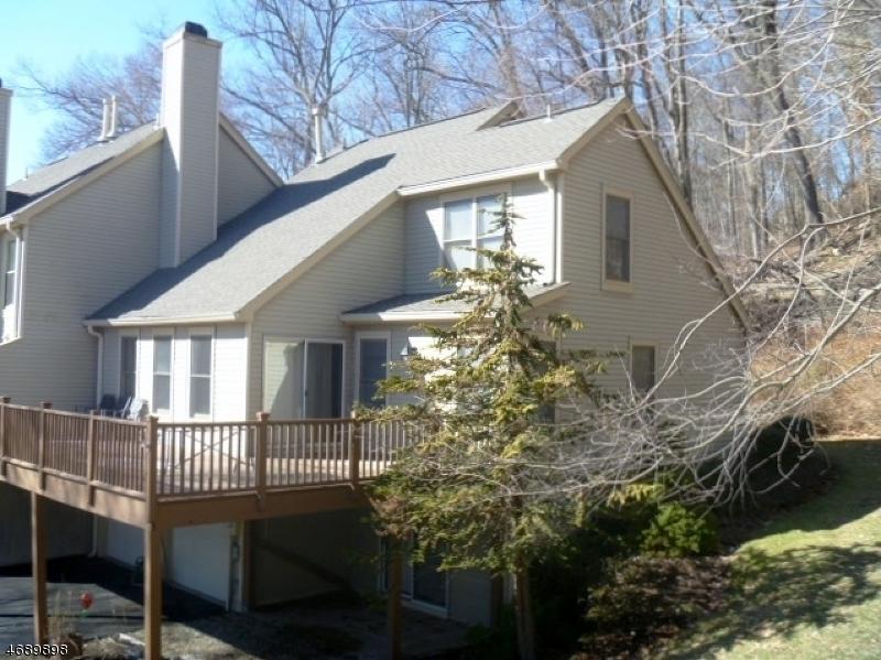 独户住宅 为 出租 在 14 Quail Run 哈克特斯镇, 新泽西州 07840 美国