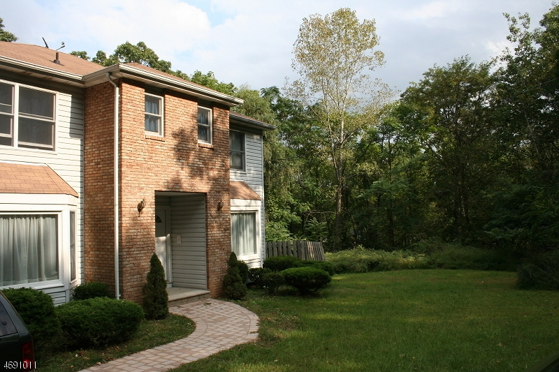 Single Family Home for Rent at 75 MORAINE Road Morris Plains, New Jersey 07950 United States