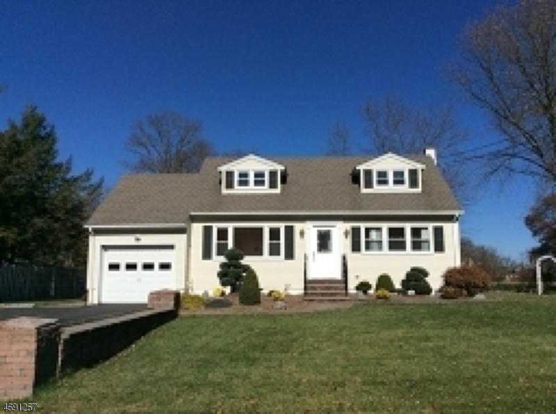 Single Family Home for Rent at 18 Springdale Garden Road Andover, 07860 United States