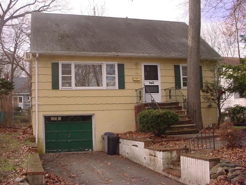 独户住宅 为 出租 在 45 Redwood Avenue 韦恩, 07470 美国