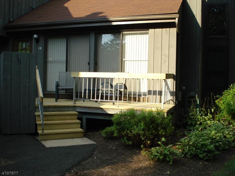 Casa Unifamiliar por un Alquiler en 295 Gemini Dr, 1D Hillsborough, Nueva Jersey 08844 Estados Unidos