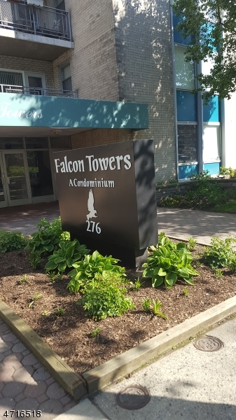 Частный односемейный дом для того Аренда на 276 Prospect St, UNIT 3G East Orange, Нью-Джерси 07017 Соединенные Штаты