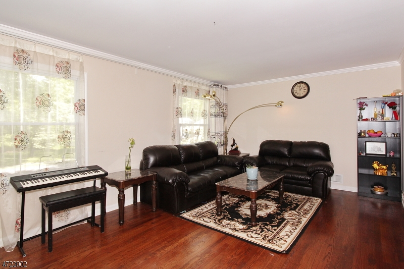 Single Family Home for Rent at 20 Ashwood Drive Livingston, New Jersey 07039 United States