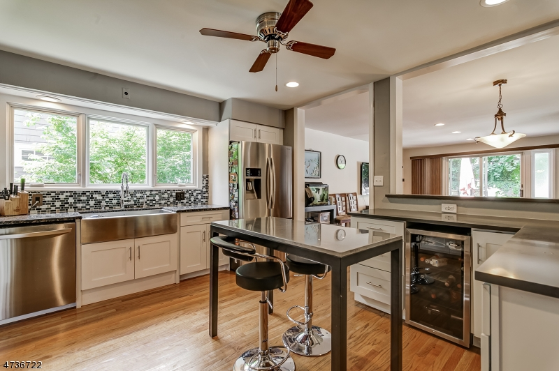 独户住宅 为 出租 在 75 Maplewood/40Jefferson Maplewood, 新泽西州 07040 美国