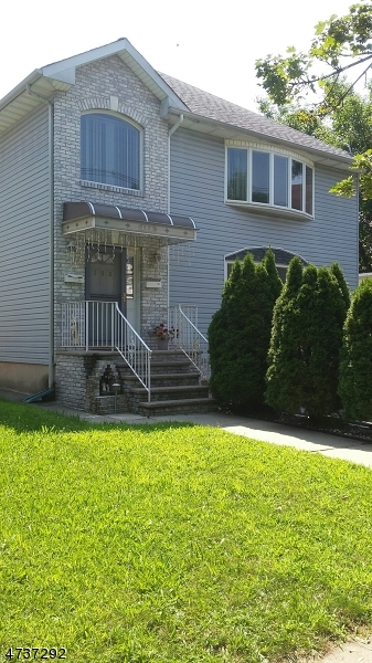 Additional photo for property listing at 188-190 StreetEPHENS Street 188-190 StreetEPHENS Street Belleville, New Jersey 07109 Vereinigte Staaten