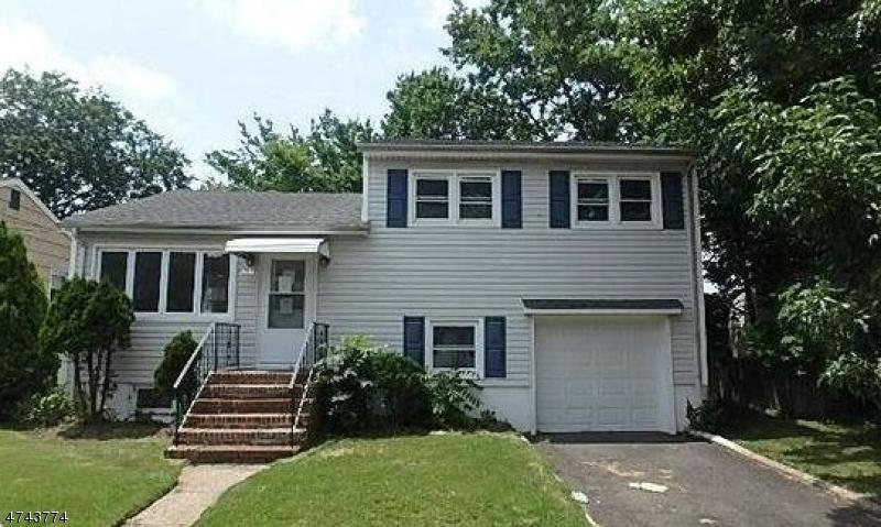 Частный односемейный дом для того Продажа на 368 Riverside Avenue Rutherford, Нью-Джерси 07070 Соединенные Штаты