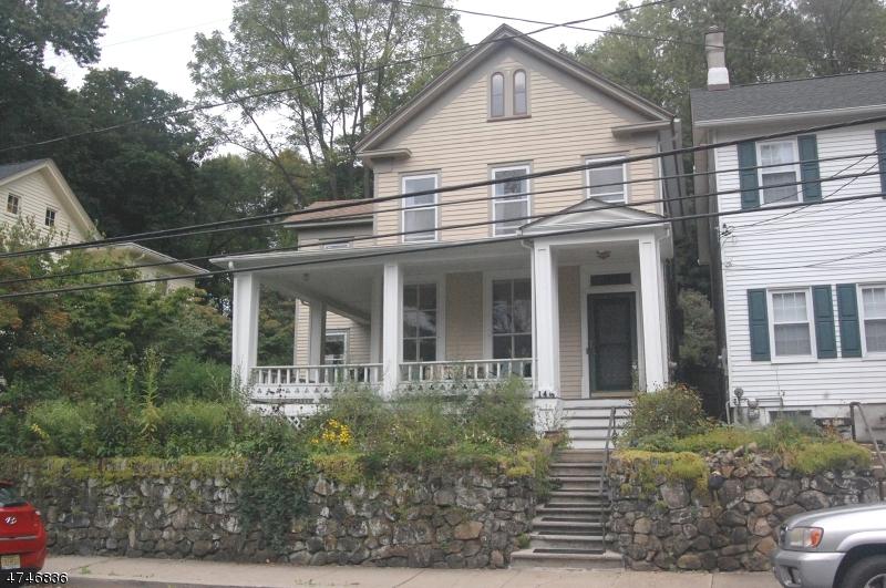 Casa Unifamiliar por un Venta en 145 Main Street Glen Gardner, Nueva Jersey 08826 Estados Unidos