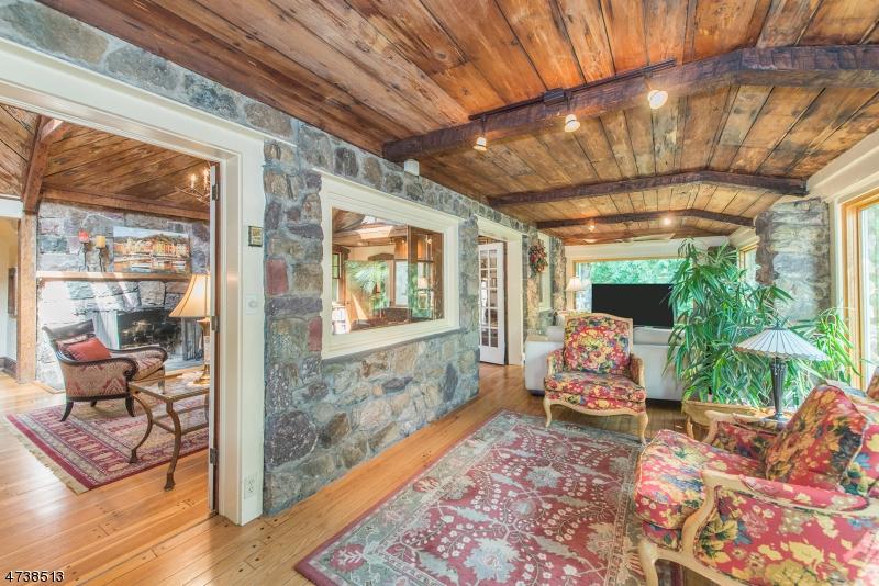 Casa Unifamiliar por un Venta en 24 Basswood Drive Denville, Nueva Jersey 07834 Estados Unidos