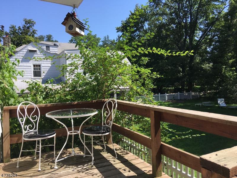 Частный односемейный дом для того Аренда на 274 Franklin Tpke Ridgewood, Нью-Джерси 07450 Соединенные Штаты