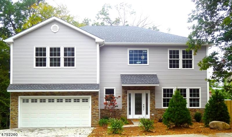 Einfamilienhaus für Verkauf beim 160 Mount Pleasant Avenue 160 Mount Pleasant Avenue Woodland Park, New Jersey 07424 Vereinigte Staaten