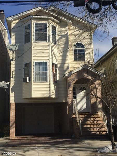 Vivienda multifamiliar por un Venta en 155 Franklin Street Elizabeth, Nueva Jersey 07206 Estados Unidos