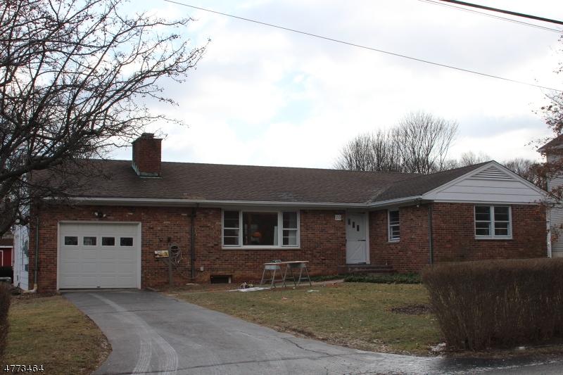 Maison unifamiliale pour l à louer à 20 Hill Street Bernardsville, New Jersey 07924 États-Unis