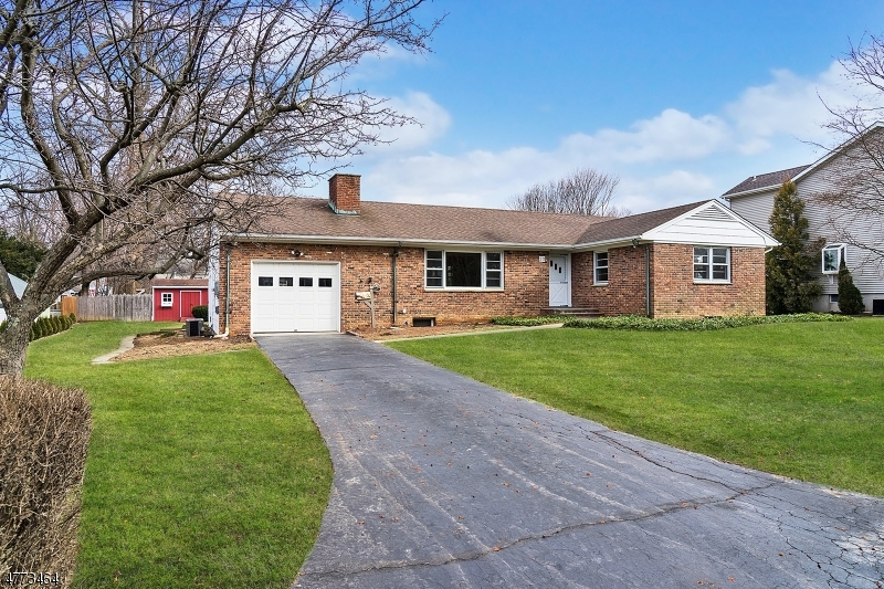 Single Family Home for Rent at 20 Hill Street Bernardsville, New Jersey 07924 United States